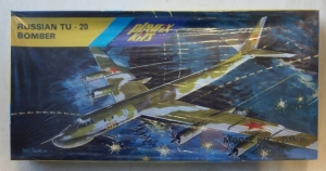 PLAYFIX 1/100 670 RUSSIAN Tu-20 BOMBER
