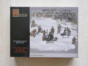 PEGASUS HOBBIES 1/72 7273 WWII RUSSIAN MORTAR TEAMS IN GREATCOATS
