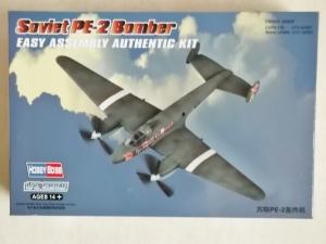 HOBBYBOSS 1/72 80296 SOVIET Pe-2 BOMBER