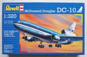 REVELL  04211 DC-10 1/320