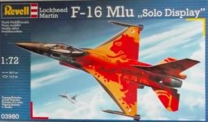 REVELL 1/72 03980 LOCKHEED MARTIN F-16 Mlu SOLO DISPLAY