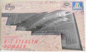 ITALERI 1/72 020 B-2 STEALTH BOMBER