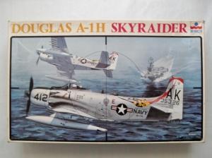 ESCI 1/48 4045 DOUGLAS A-1H SKYRAIDER