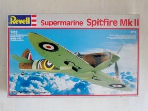 REVELL 1/32 4773 SUPERMARINE SPITFIRE Mk.II