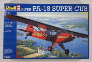 REVELL 1/32 04208 PIPER PA-18 SUPER CUB