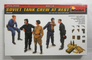 MINIART 1/35 35246 SOVIET TANK CREW AT REST