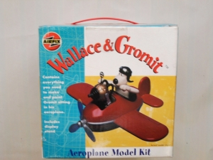 AIRFIX OTHER SCALE WALLACE   GROMIT AEROPLANE