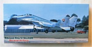 FUJIMI 1/72 F-52 MiG-29 FULCRUM SLOVAKIAN AIR FORCE