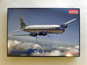 RODEN 1/144 304 DOUGLAS DC-6 DELTA