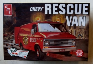 AMT 1/25 851 CHEVY RESCUE VAN