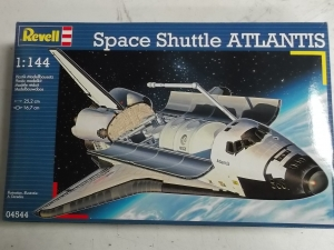 REVELL 1/144 04544 SPACE SHUTTLE ATLANTIS