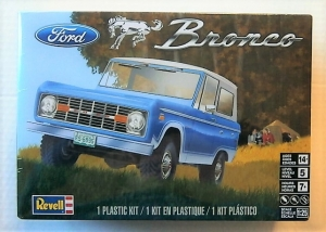 REVELL 1/25 4320 FORD BRONCO