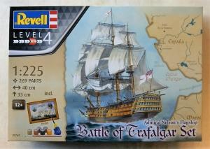 REVELL 1/225 05767 ADMIRAL NELSONS FLAGSHIP BATTLE OF TRAFALGAR GIFT SET