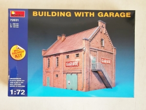 MINIART 1/72 72031 BUILDING WITH GARAGE