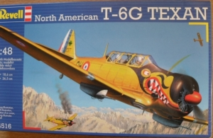 REVELL 1/48 04516 NORTH AMERICAN T-6G TEXAN