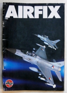 AIRFIX  AIRFIX 1982 - COVERS DETACHED AND TATTY