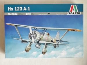 ITALERI 1/48 2632 HENSCHEL Hs 123 A-1