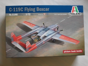ITALERI 1/72 1146 C-119C FLYING BOXCAR WITH WC-51 LIGHT TRUCK