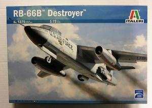 ITALERI 1/72 1375 RB-66B DESTROYER