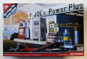 ACADEMY 1/24 15122 JOES POWER PLUS SERVICE STATION