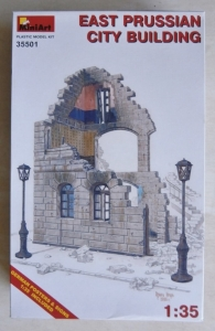 MINIART 1/35 35501 EAST PRUSSIAN CITY BUILDING