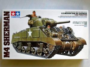 TAMIYA 1/35 35190 M4 SHERMAN EARLY PRODUCTION