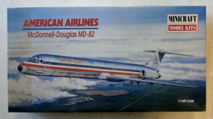 MINICRAFT 1/144 14470 McDONNELL-DOUGLAS MD-82 AMERICAN AIRLINES