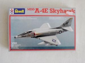 REVELL 1/100 4014 MDD A-4E SKYHAWK