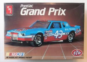 AMT/ERTL 1/16 6741 PONTIAC GRAND PRIX NASCAR