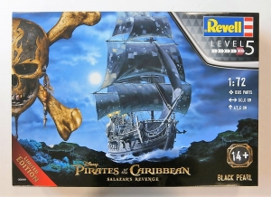 REVELL 1/72 05699 PIRATES OF THE CARIBBEAN BLACK PEARL SALAZARS REVENGE  UK SALE ONLY