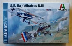 ITALERI 1/72 1374 S.E.5a   ALBATROS D.III