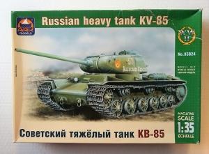 ARK 1/35 35024 RUSSIAN HEAVY TANK KV-85
