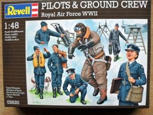 REVELL 1/48 02620 RAF WWII PILOTS   GROUNDCREW