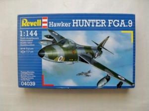 REVELL 1/144 04039 HAWKER HUNTER FGA.9