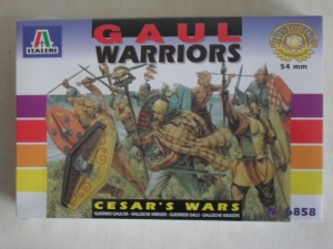 ITALERI 1/32 6858 GAUL WARRIORS