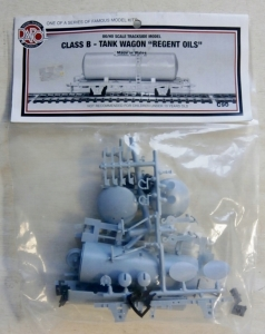 DAPOL HO/OO C90 CLASS B TANK WAGON REGENT OILS