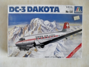 ITALERI 1/72 132 DC-3 DAKOTA CIVIL MARKINGS