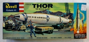 REVELL  H-1823 129 THOR   THOR-ABLE S TYPE BOXING 1958
