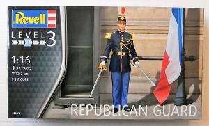 REVELL 1/16 02803 REPUBLICAN GUARD