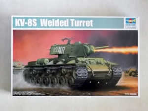 TRUMPETER 1/35 01568 KV-8S WELDED TURRET