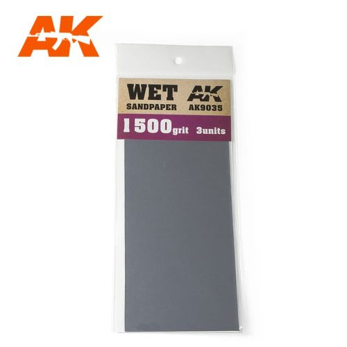 AK INTERACTIVE  9035 3 X WET SANDPAPER 1500 GRIT