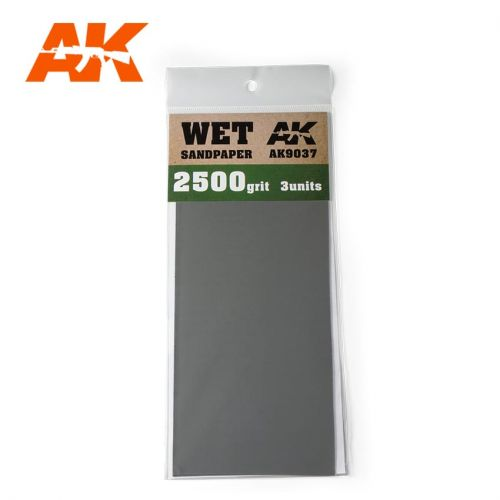 AK INTERACTIVE  9037 3 X WET SANDPAPER 2500 GRIT