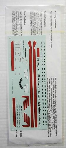 12 SQUARED 1/200 1666. AVIGRAPHICS AG2013 MARTINAIR BOEING 767-300 DECAL