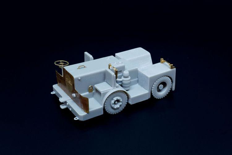 BRENGUN 1/72 72019 UK TUGMASTER TRACTOR