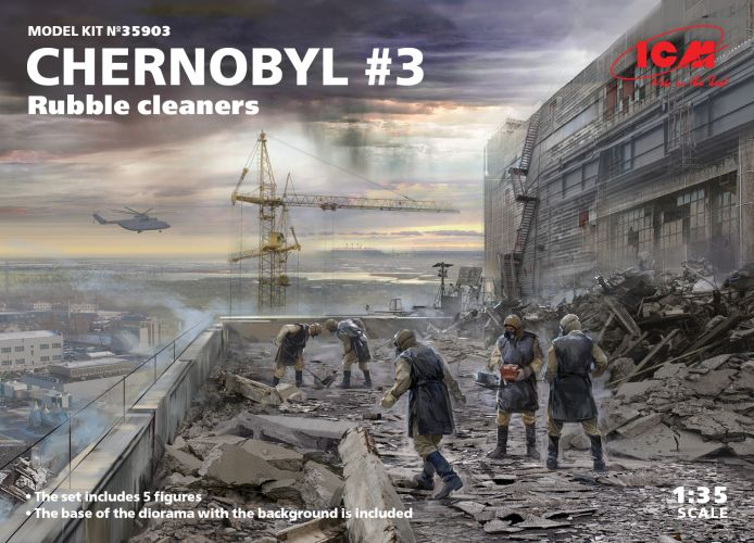 ICM 1/35 35903 CHERNOBYL  3 RUBBLE CLEANERS