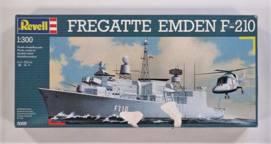 REVELL 1/300 5069 FREGATTE EMDEN F-210