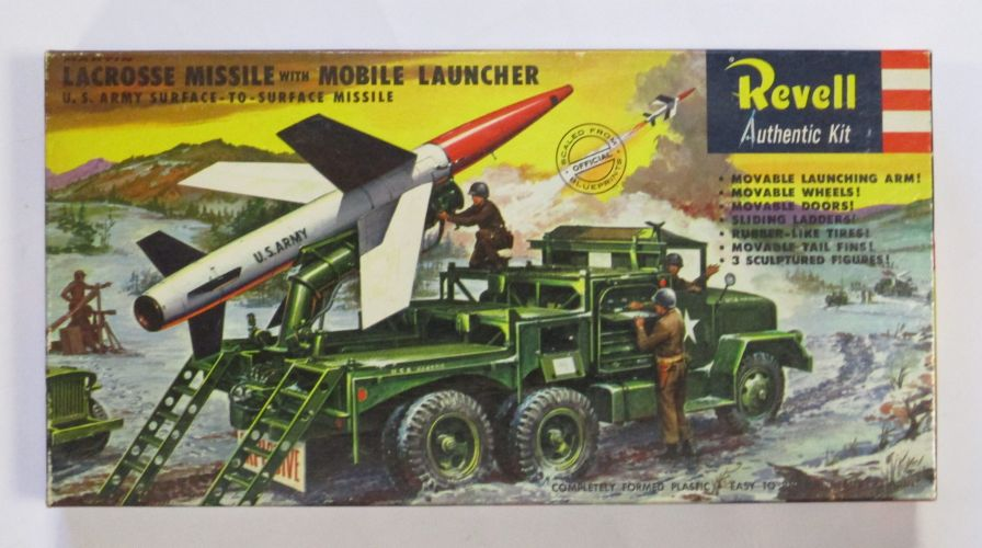 REVELL  1816 MARTIN LACROSSE MISSILE WITH MOBILE LAUNCHER AND FIGURES S TYPE