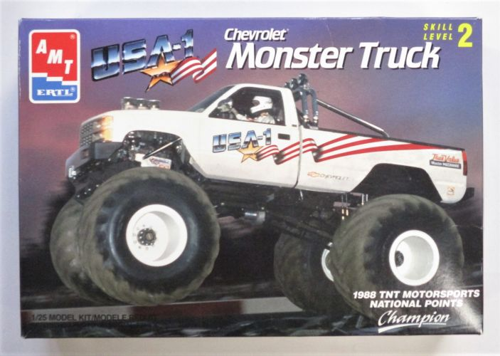 AMT 1/25 6969 CHEVROLET MONSTER TRUCK USA -1