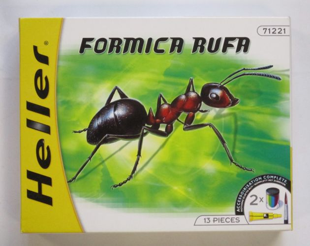 HELLER  71221 FORMICA RUFA RED ANT 140MM