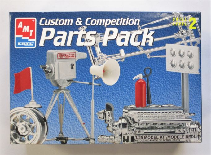 AMT 1/25 8435 CUSTOM AND COMPETITION PARTS PACK CUSTOM WHEELS HOT ROD CHASSIS ALLISON ENGINE DRAGSTRIP ACCESSORIES